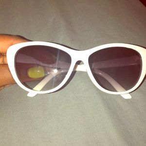 White Sunnies
